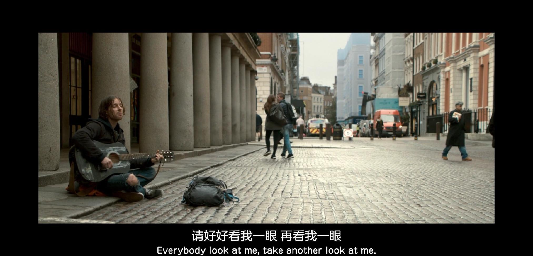 电影《流浪猫鲍勃》片段截图